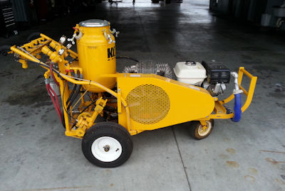 Refurbished HDCT-2-SS self-propelled unit with a Honda 8.0 HP Engine, 18 CFM Two Stage Air Compressor with Automatic Unloader Valve. This unit has been completely gone through, serviced and is ready to stripe.